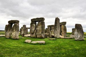 gloomy-stonehenge